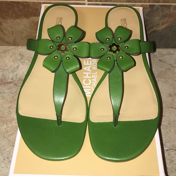 7eb8495de2a NIB Michael Kors Tara Floral Thong Sandal
